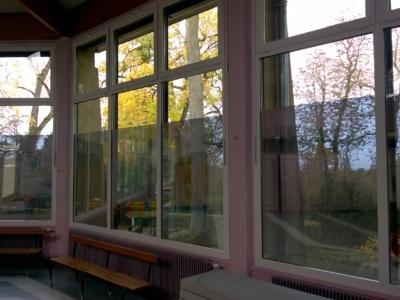Films anti-regard dans une école
